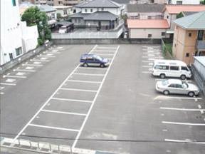 南側駐車場写真